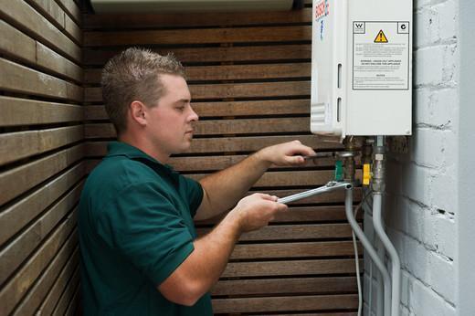 Мастер по ремонту газовых колонок